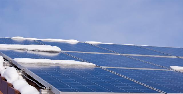rendement des panneaux solaires en hiver