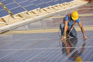 installateur de panneaux photovoltaïques : les labels certifiés