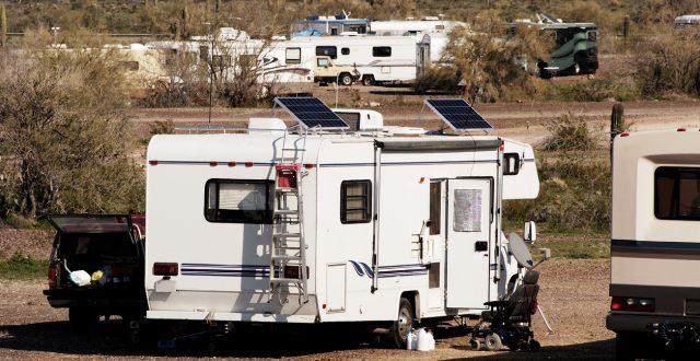 Panneaux solaires pour camping car : avantages
