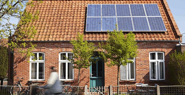 combien de panneau solaire nécessaire pour une maison belge