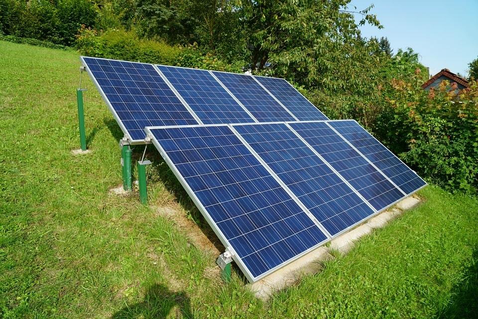 dimensions panneau solaire incliné-min