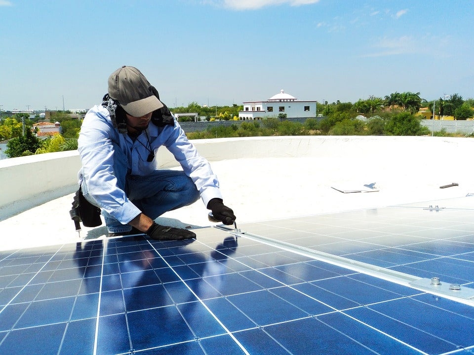 dimensions panneau solaire installateur-min