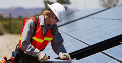 Montage panneaux solaires