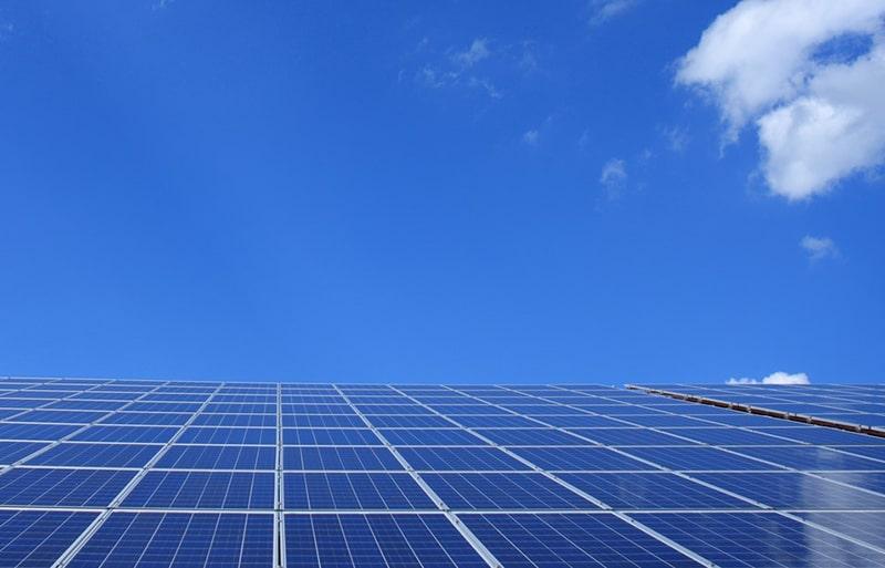 énergie renouvelable par énergie solaire