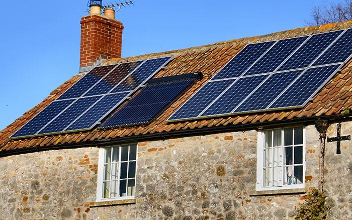 plaque solaire photovoltaïque