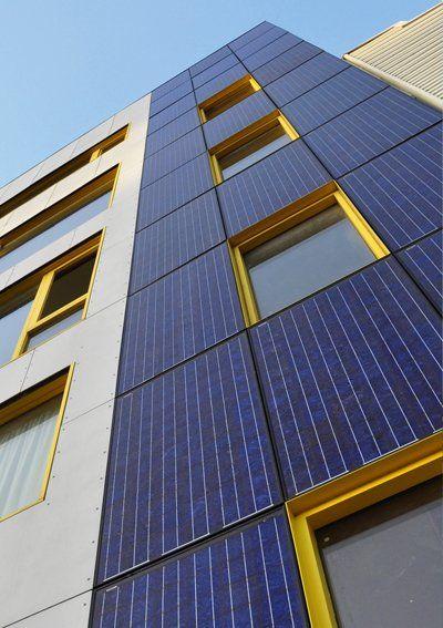 panneaux solaires sur façade