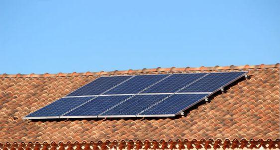 panneaux solaires surimposition